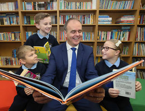 Minister McHugh announces additional funding of €1 million to reduce the cost of school books in DEIS schools